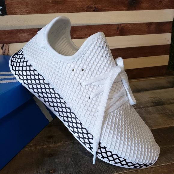 New Adidas Deereupt Runner NWT